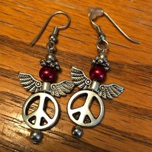 Jewelry - Peace sign earrings